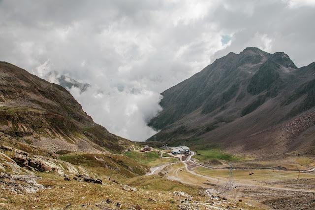 Stubaital - Vom Eisjoch zur Dresdner Hütte Gletscherpfad und Gletscherweg  Wanderung-Stubaital  Wandern-Tirol 13