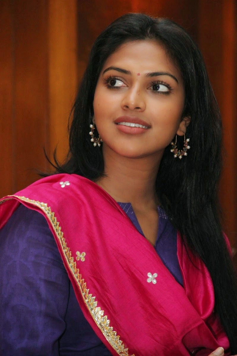 Amala Paul Cute Saree Dress Press Meet At Chennai Shiner