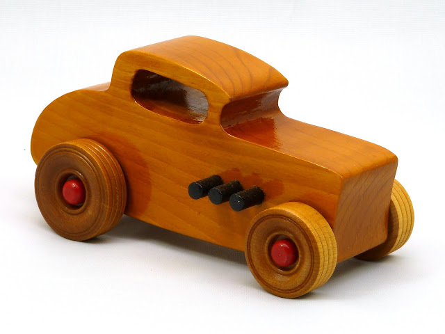 Right Front - Wooden Toy Car - Hot Rod Freaky Ford - 32 Deuce Coupe - Pine - Amber Shellac - Red Hubs