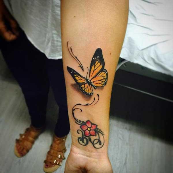 kelebek bilek dövmesi