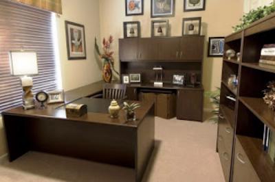 model ruang kerja minimalis dari kayu jati