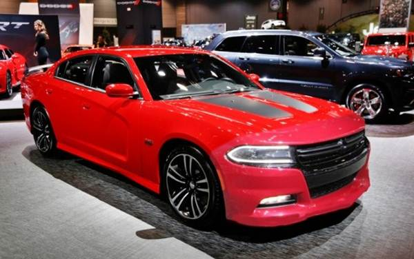 2017 Dodge Charger SXT AWD Review