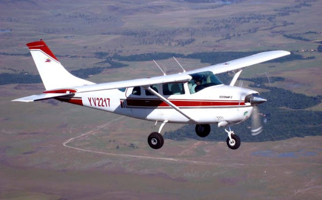 Policías Brasil utiliza método para detener avión de narcos