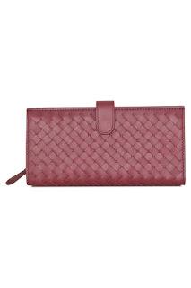 http://www.laprendo.com/SG/products/40664/BOTTEGA-VENETA/Bottega-Veneta-Intrecciato-Nappa-Continental-Barolo-Wallet