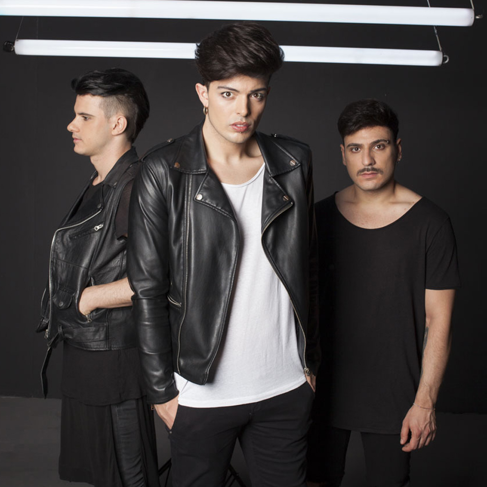 Traduzione canzone Why Don't You Love Me? di The Kolors in italiano