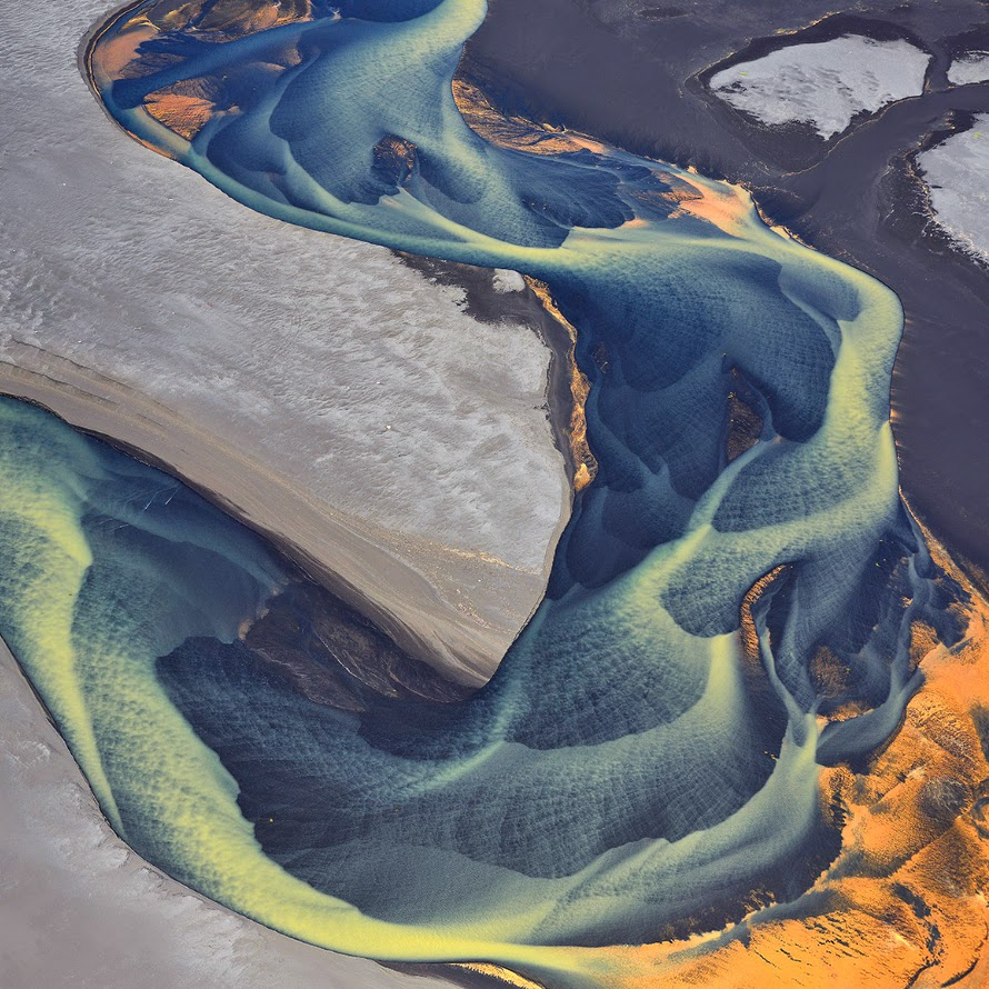 1. Russian photographer Andre Ermolaev took these unbelievable aerial shots in Iceland. - 17 Photos That Will Give You Iceland Envy