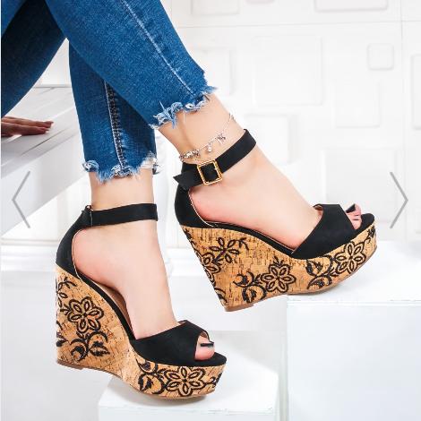 Sandale cu platforma negre piele intoarsa eco ieftine pentru vara