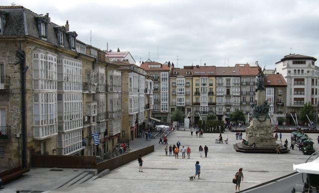 Plaça de Vitoria-Gasteiz