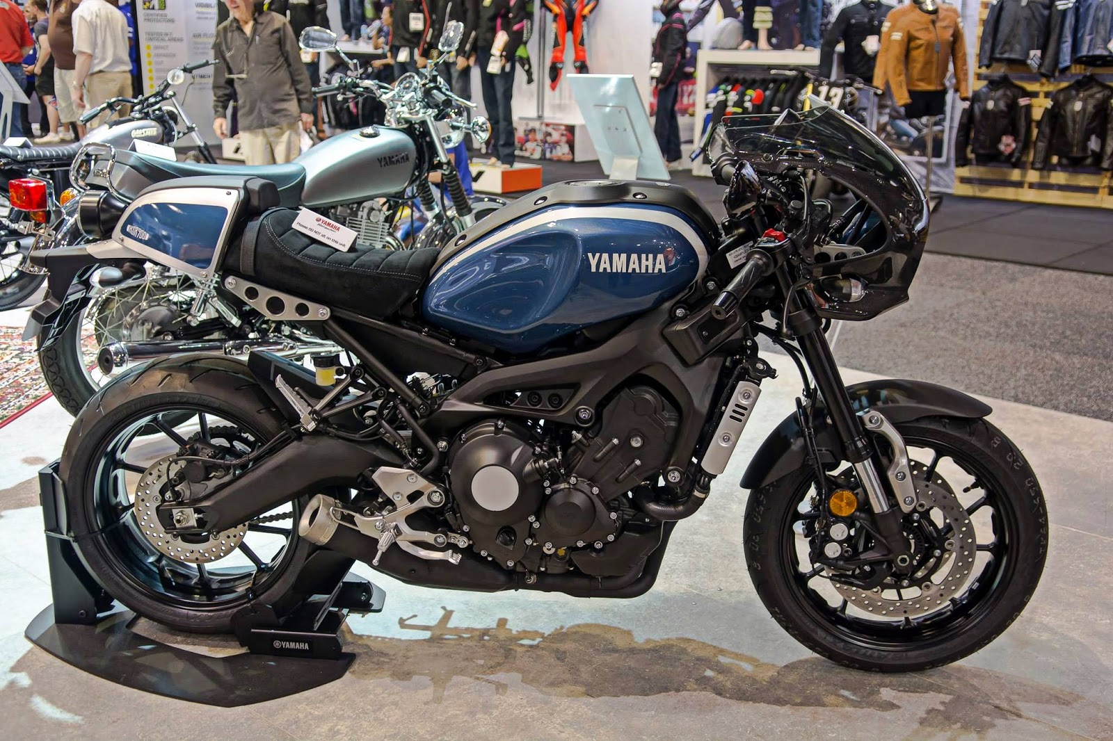 yamaha xsr 900 new motorcycles faster son cafe racer tracker restyle project. Black Bedroom Furniture Sets. Home Design Ideas