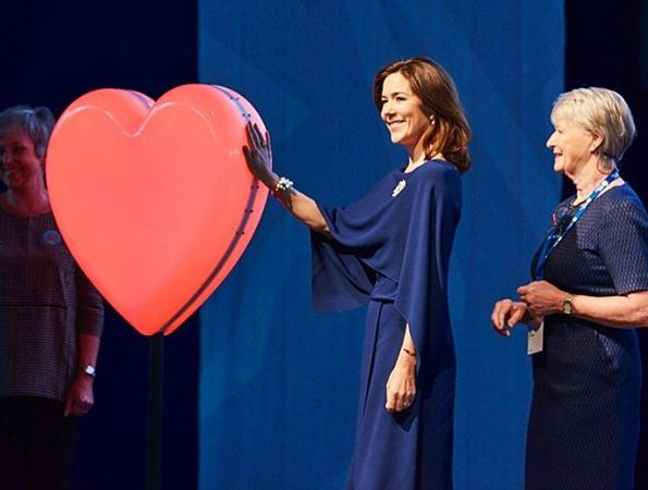 EMS2017 Congress. Crown Princess Mary wore Gianvito Rossi Python pumps and Prada dress, carried Naledi Copenhagen Allana Latte Ostrich Clutch