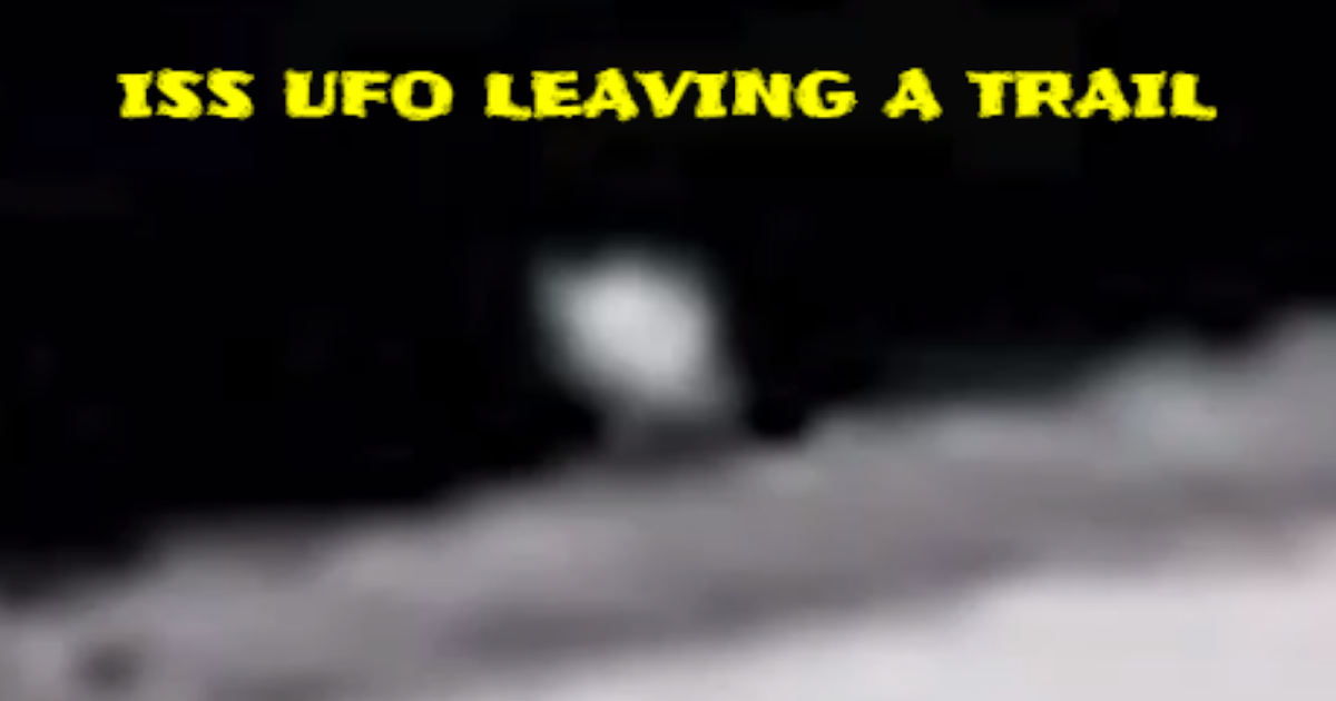 UFO Changed Shape On Camera Then Splits Into 2 Pieces At ISS 👽🛸👽