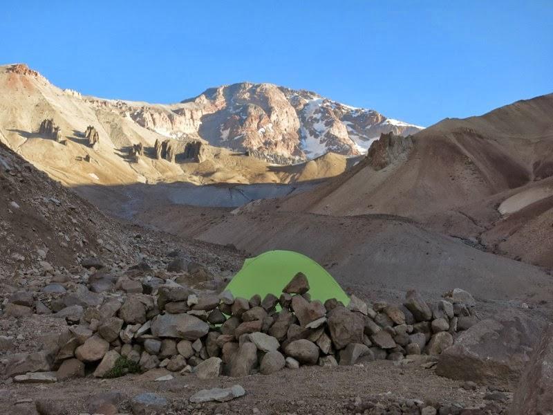Lager vor Tupungato-Gipfelaufbau