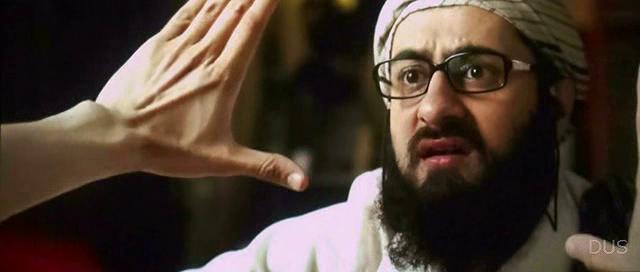 Screen Shot Of Hindi Movie Watch Online Tere Bin Laden 2 300MB DVDScr Full Movie Free Download
