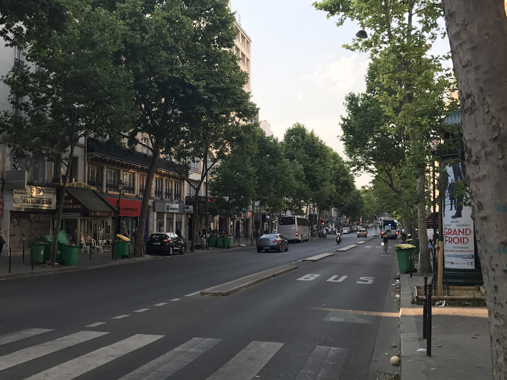 Yksi kuuma yö Pariisissa 4