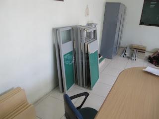 Semarang Furniture - Meja Partisi Kantor Desain Terbaru 2019