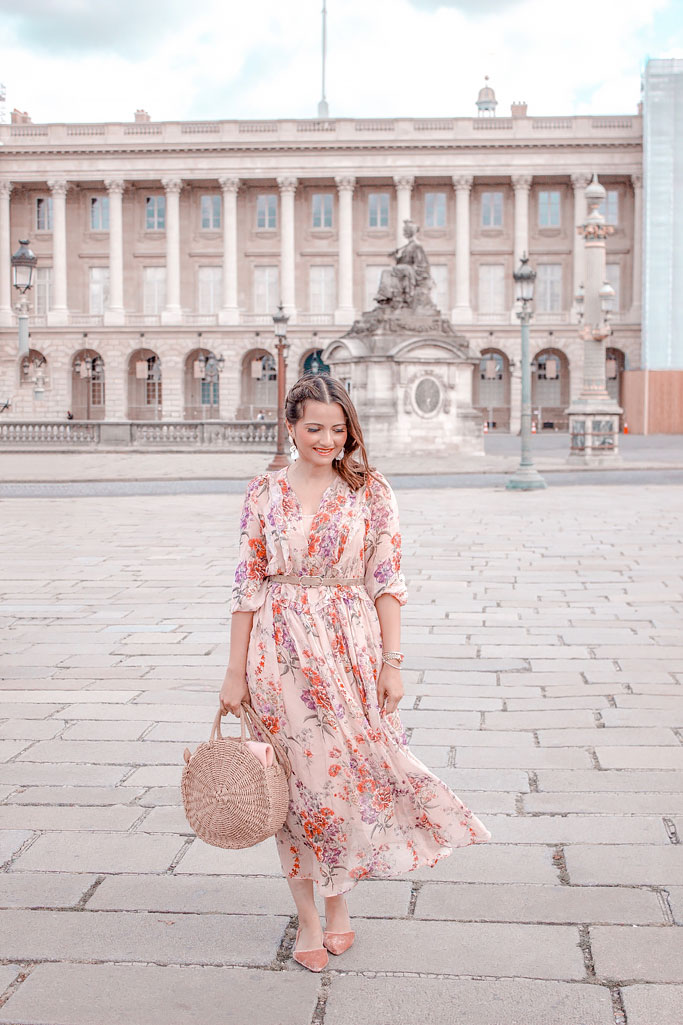 H&M Pink Floral Midi Dress Blogger Outfit Paris Photoshoot