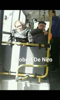 Parecidos de famosos en el transporte público robert de niro