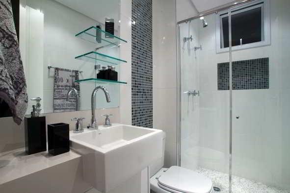 Banheiros com pastilhas  37 modelos decorados  Decor Alternativa -> Banheiro Com Azulejo Imitando Pastilha