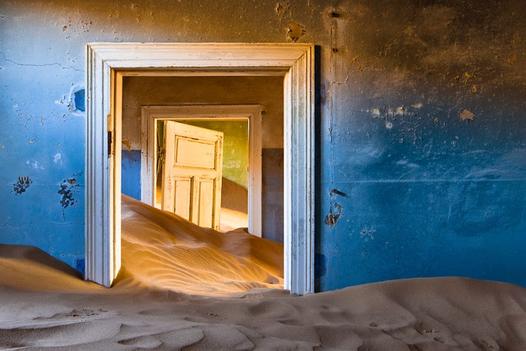 2. Kolmanskop, Namibia - Top 10 Houses in the Middle of Nowhere