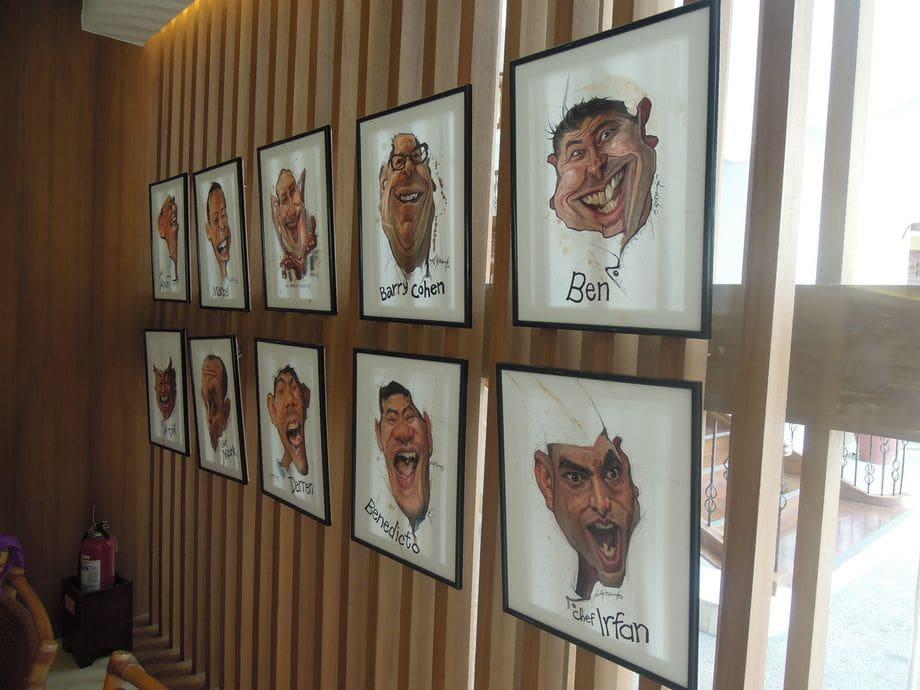Interesting wall decors at Acqua Restaurant at Shangri-La's Mactan Resort and Spa