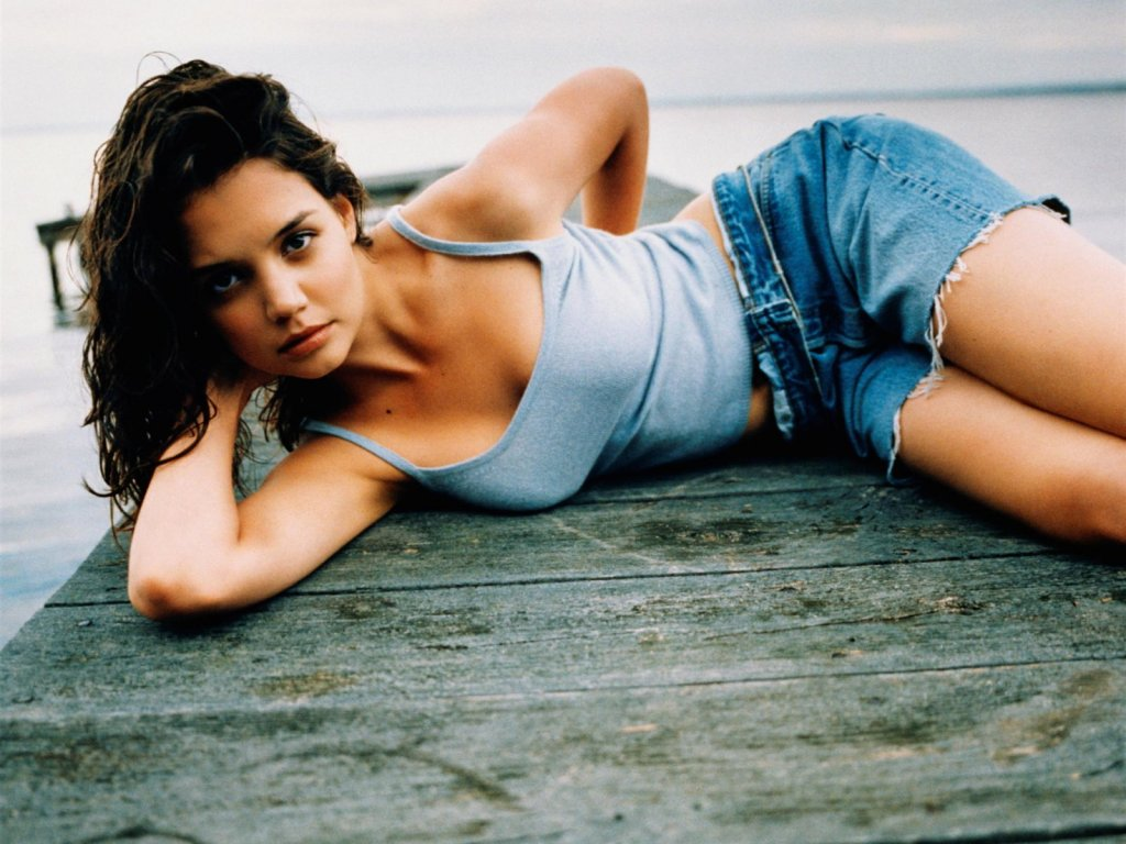 Suri Cruise Hd Wallpapers Tom Cruise Celebrity Katie Holmes Hot Wallpapers