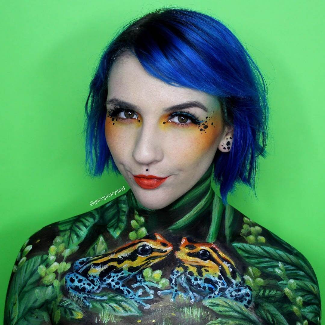03-Poison-Dart-Frog-Georgina-Ryland-Mehron-Makeup-Body-Painting-www-designstack-co
