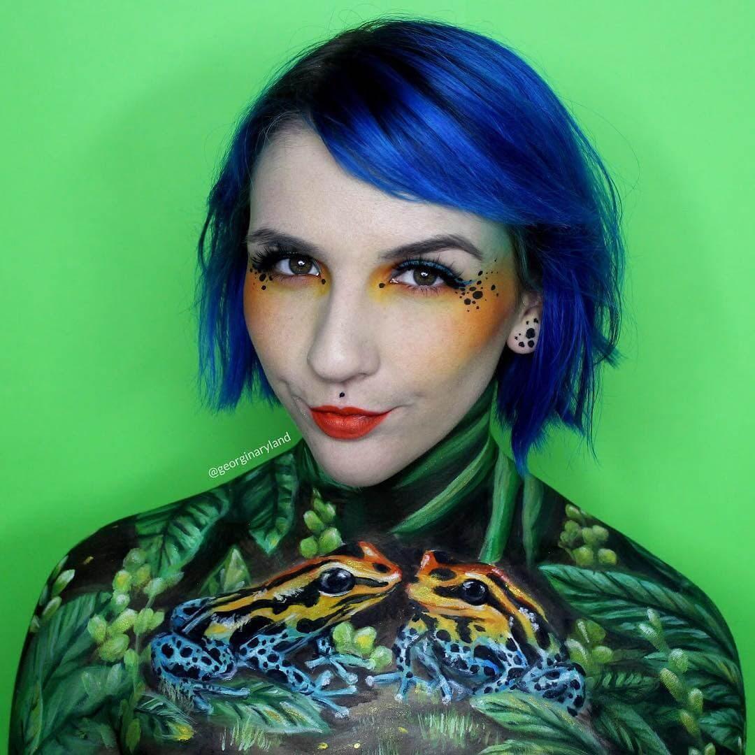 03-Poison-Dart-Frog-Georgina-Ryland-Mehron-Makeup-Body-Painting-www-designstack-co