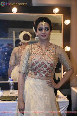 bhavana latest hot photos from kerala fashion league