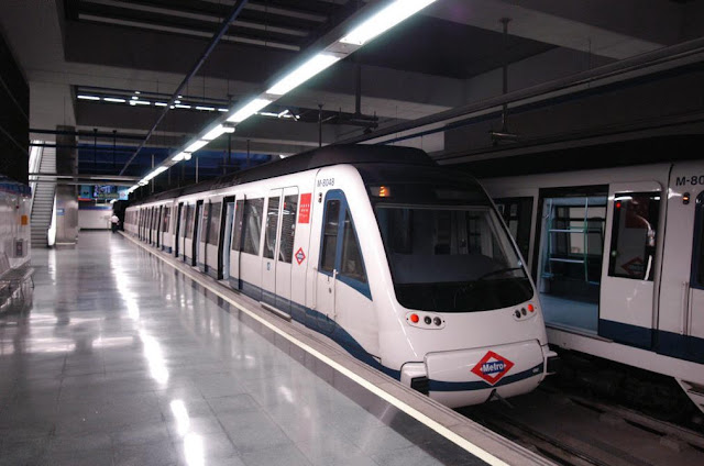 Metrô do aeroporto até o centro de Madri