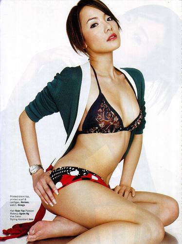 Fiona Xie Nude 117