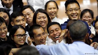 không - Tập Thơ cho Tuổi Trẻ Việt Nam 0%252C%252C19281235_303%252C00