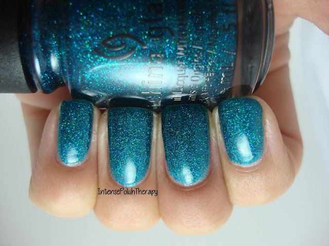 China Glaze - Give Me The Green Light!