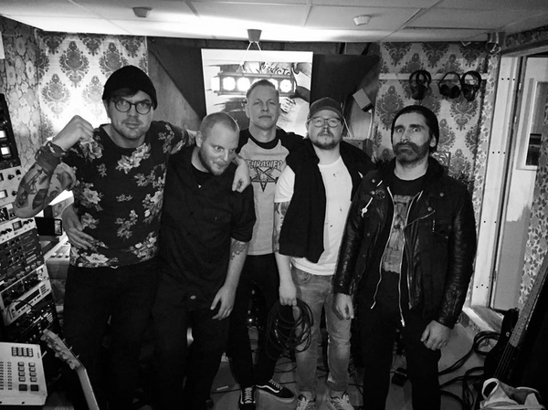 Satanic Surfers recording / demoing new album