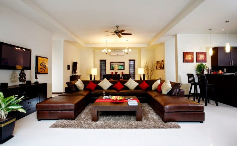 Spacious Living Room: Stunning Spacious Living Room Is Suitable For Your Big
