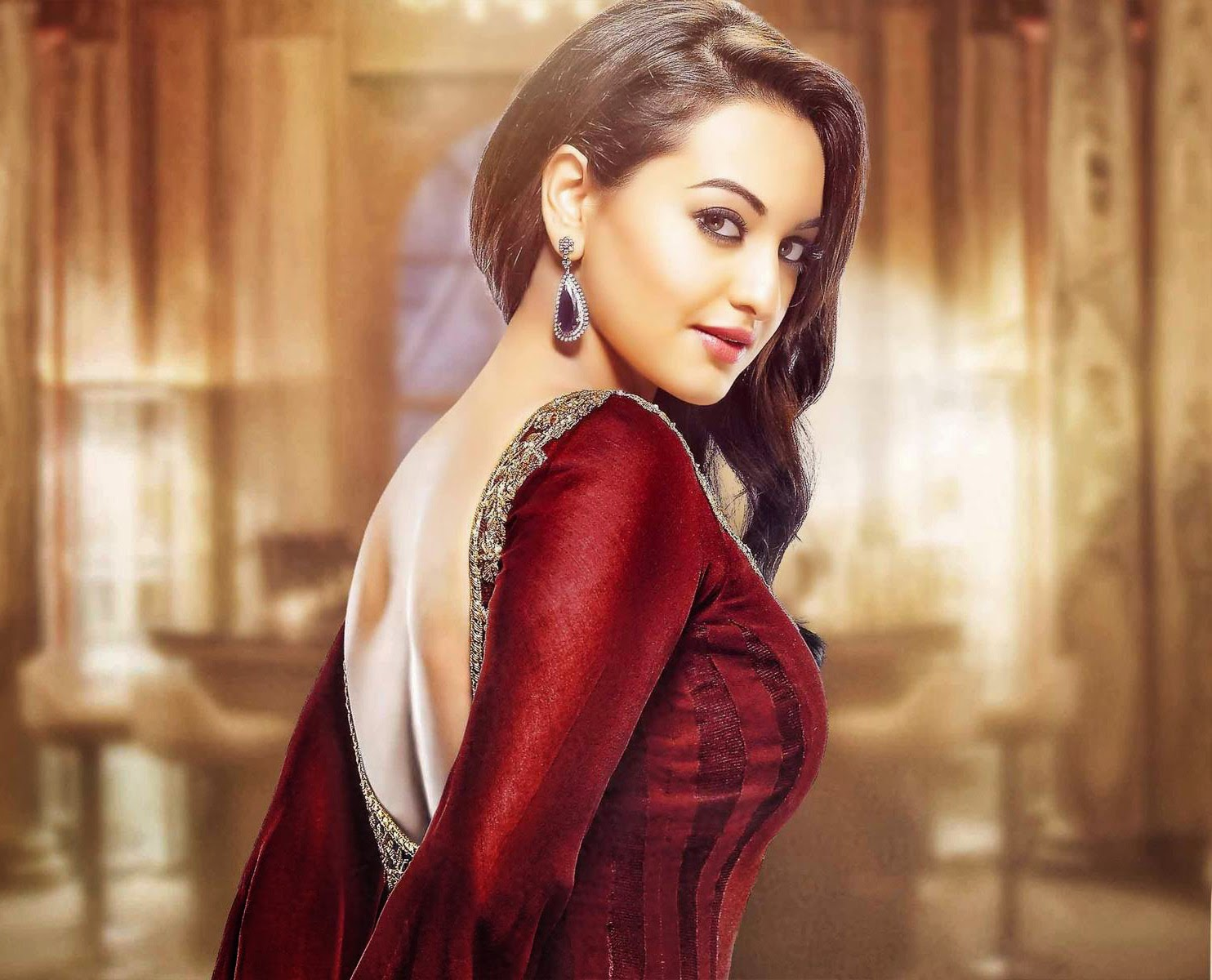 sonakshi sinha latest hd wallpapers - photo #1