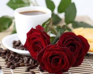 Cafea cu trandafiri