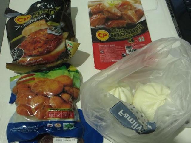 Чем можно перекусить в Таиланде.