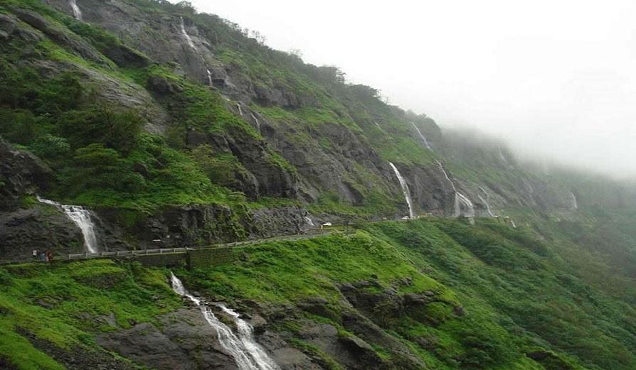 Malshej ghat Maharashtra - Places to visit in monsoon near around pune and mumbai