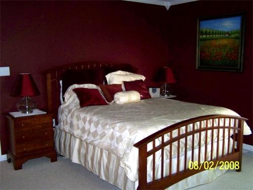 Maroon Bedroom Ideas - The Interior Designs