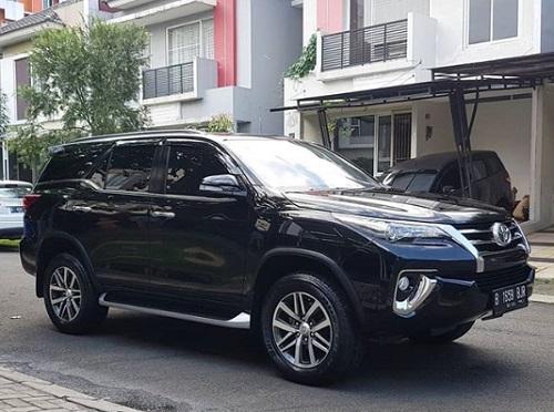 Toyota Fortuner terbaru - Jual mobil Fortuner bekas