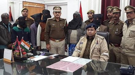 कुशीनगर पुलिस ने इनामी बदमास को किया गिरफ्तार