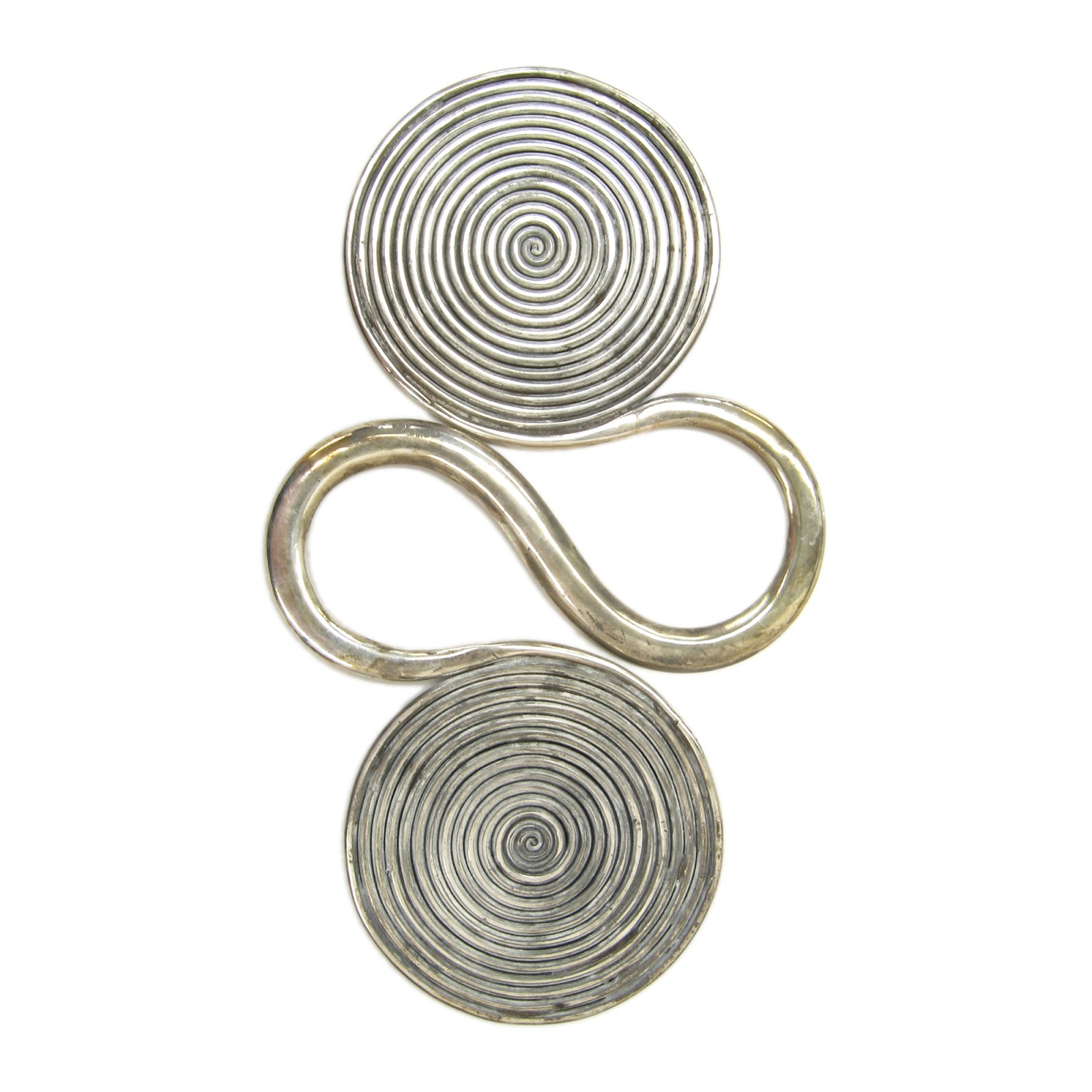 Spun Silver: Apron Counterweights of the Dong and Miao
