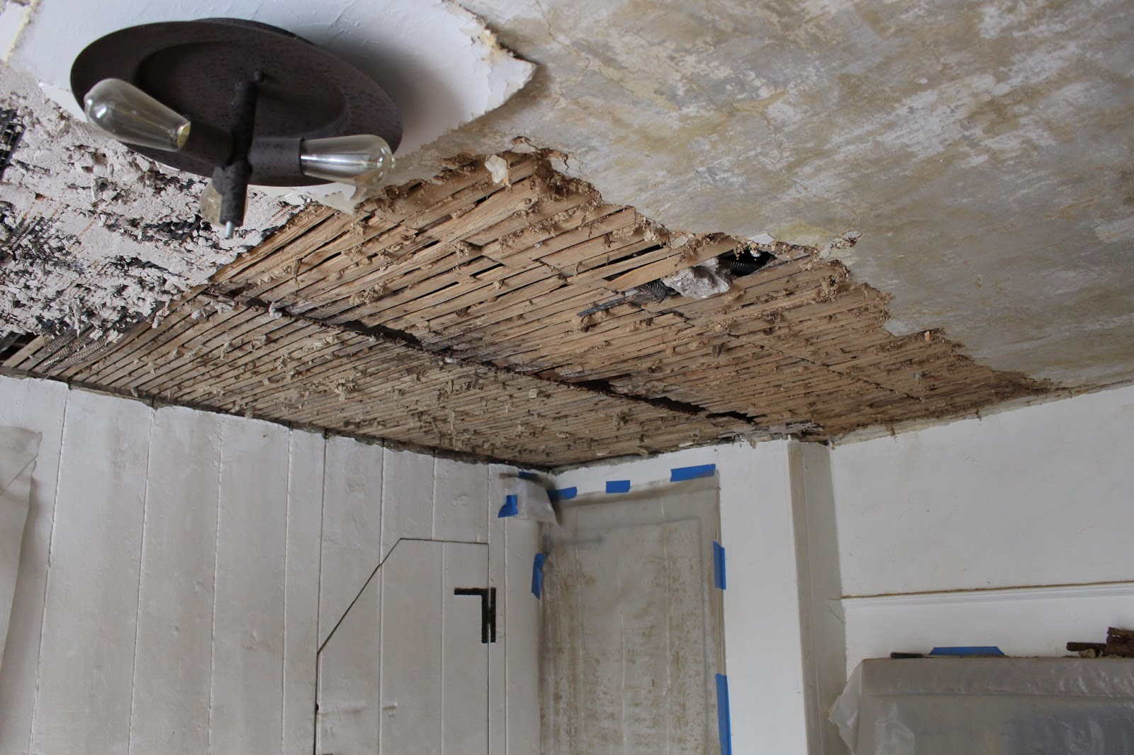 remove plaster from ceiling