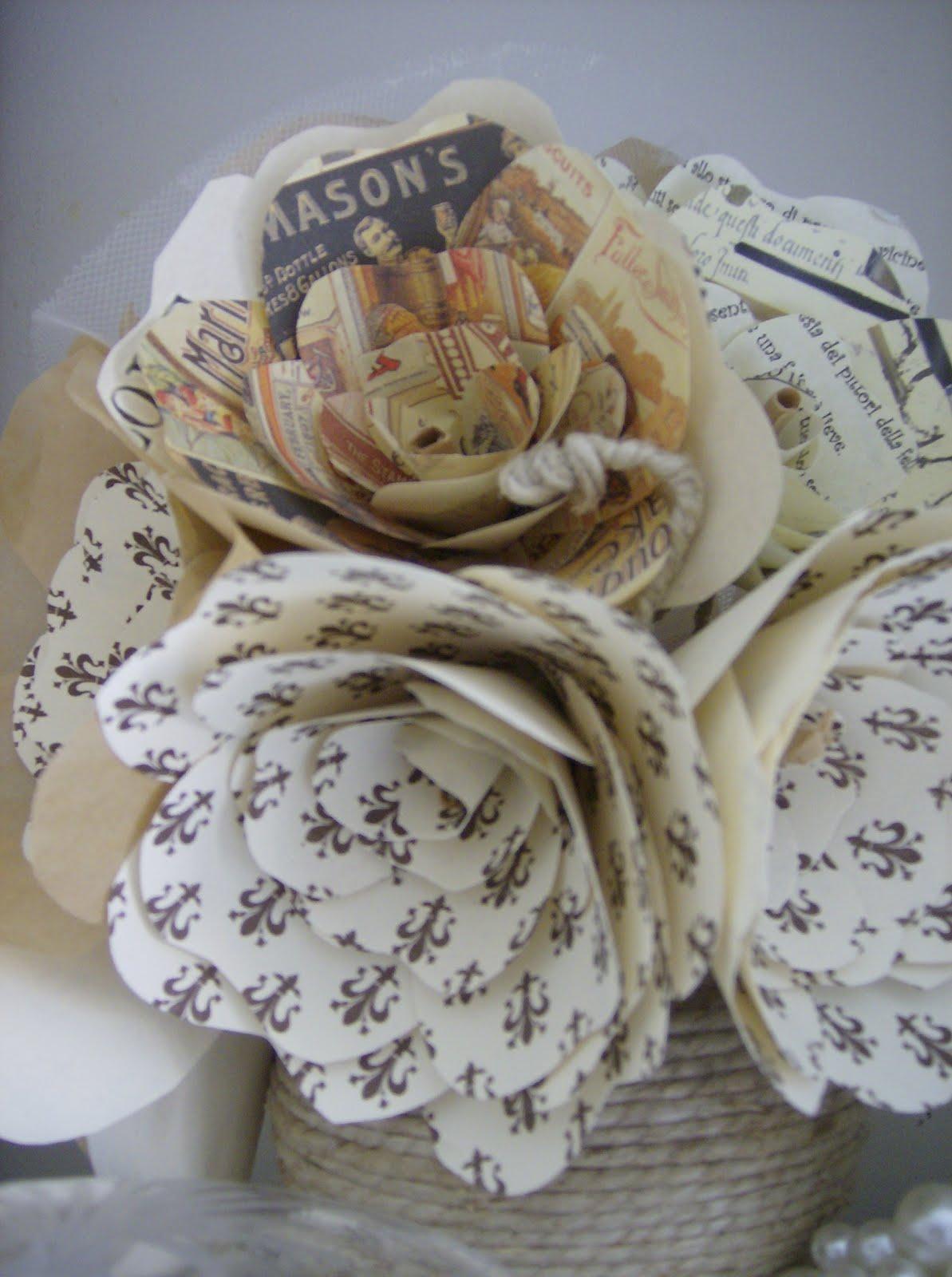 Anima shabby bouquet di fiori di carta for Fiori di carta di giornale
