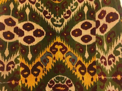 uzbekistan silk ikat fabric, uzbekistan textile craft small tours, uzbekistan ikat dna database