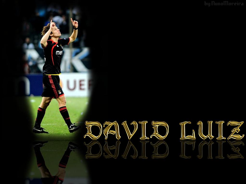 Football Player's Biography 7: David Luiz