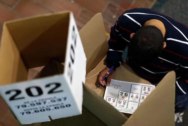Irregularidades como arroz picao en elecciones colombianas (+Votantes obligas, sobornos y más)