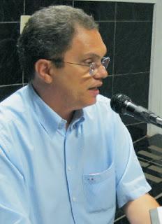 Resultado de imagem para foto ex prefeito de acari antonio carlos