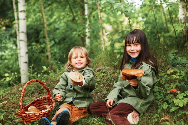 хюгге занятия, что такое хюгге, хюгге летом, хюгге в лесу, хюгге на природе, что делают датчане летом, дети поход за грибами, дети в лесу, простая жизнь, хюгге - DayDreamer Blog