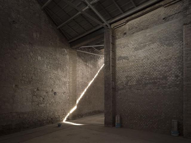 fotografia de arquitectura bombas gens
